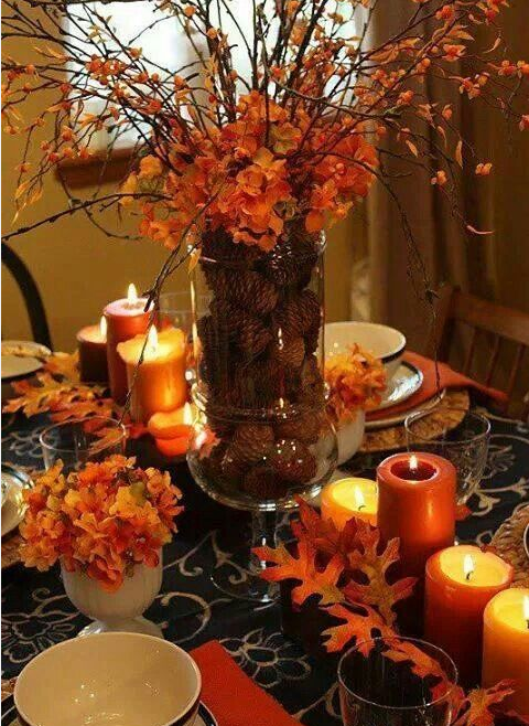 Thanksgiving_pine_cone_arrangement