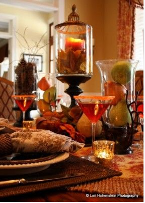 thanksgiving_table_glass_cylinders_